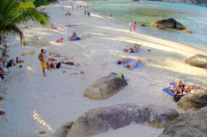Hotel Crystal Bay Beach Resort Webcam online